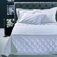 Product partial classy bedspread white 1